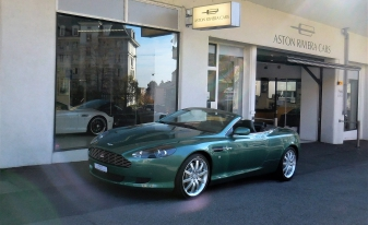sp cialiste aston martin aston riviera cars. Black Bedroom Furniture Sets. Home Design Ideas